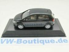 + VOLKSWAGEN VW Golf Plus 2005 von Minichamps in 1:43 blackmagic 5MO.099.300.C9Z