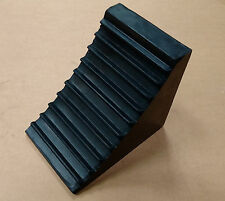 Commercial Wheel Chock, Heavy Duty Rubber for Lorry, Truck, HGV (CWC8)