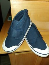 NWT Toddler Boys Navy Old Navy Strap Chukka Sneakers Size 8
