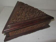 ANTIQUE CHINESE CANTONESE CAMPHOR WOOD JEWELRY BOX C.1860  boite sculpté