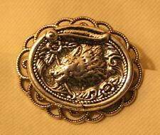 Delightful Scalloped Rim Etch Southwestern Coyote Fox Silvertone Brooch Pin