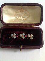 Pretty Antique 9ct Gold Heart Shaped Opals & Ruby Set Clover Brooch