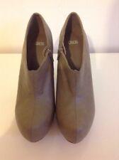 Asos Hidden Platform High Block Heel Zipped Shoes Ankle Boots Taupe Size 6