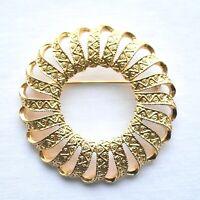 VTG Geometric Circle Wreath Brooch Pin Gold Tone Costume Estate Jewelry