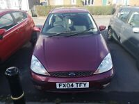 Ford Focus GHIA 2004 1.6 petrol mot to Aug 2021 plus two spere tires.