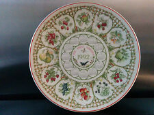 Wedgwood 1992 Year plate The Fruit Garden - unboxed