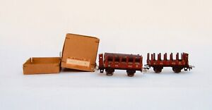 Marklin HO scale: two, # 372 stake cars, one with the log load VG. 1946/7