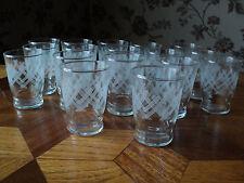 17 verres en verre très fin,  vintage années 70