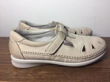 SAS Womens Size 7 1/2 W ROAMER Beige Tripad Comfort Walking Shoes Made in USA