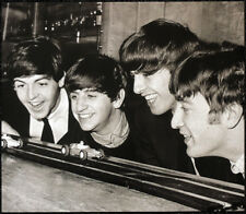 THE BEATLES POSTER PAGE . 1963 PLAYING SCALEXTRIC TOY CAR RACING GAME . 8M