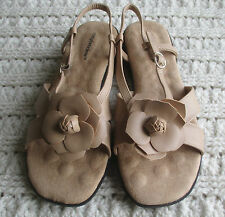 NEW Womens 12 M Tan Beige Open Toe Sandals Comfortview Flats Ankle Strap Flower