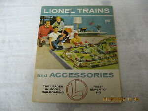 1962 LIONEL TRAIN and ACCESSORIES CATALOG  63 PAGES
