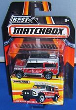 2016 MATCHBOX ~ Best of World ~ LAND ROVER DEFENDER 110 ~ Gray/Red ~ AMBULANCE