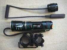 Zoomable CREE LED 1-Mode Zoom Focus Flashlight Zoom Hunting Torch