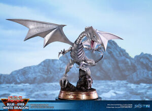 precommande neuf figurine F4F yu gi oh dragon blanc yeux bleus ST 35cm
