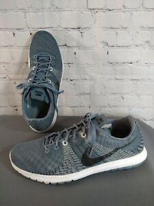 EUC men's NIKE FURY gray athletic RUNNING shoes - size 11 1/2