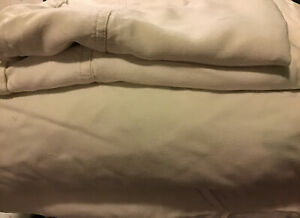 Dreamsack Dreams 100% Bamboo Fitted/Top Sheets 2- Pillow Cases King Natural