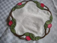 Deckchen rund Blätter Kirschen Blüten Applikation Rot / Braun / Grün neuw.