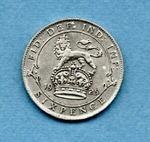 A 1925 SILVER SIXPENCE COIN OF KING GEORGE V. IN LOVELY CONDITION.