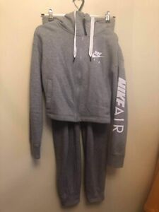 Ladies Women's Nike Air Tracksuit grey Size XS-Small Zip up hoodie and trousers