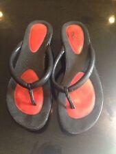 Cole Haan NikeAir Black/Red Flip Flop Wedge.  Size 8M.