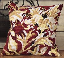 Collection D'Art Cross Stitch Cushion Kit: Elisabethaine CD5063