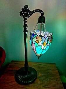 """Tiffany Style Hanging Globe Stained Glass Table Lamp Turquoise Purple 23""""  VGC"""