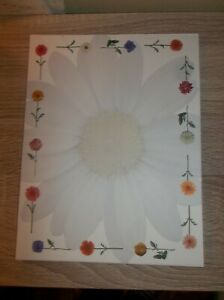 LOT OF 5 SCRAPBOOK SHEETS DAISY FLORAL FLOWERS