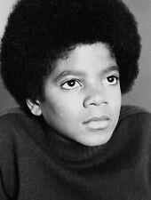 Michael Jackson UNSIGNED photo - E1034 - Young photo