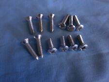 TR5 voiture Set TR6 SERRURE DE PORTE BARILLET Montage Clips Kit MRD1067 TR4A Triumph TR4