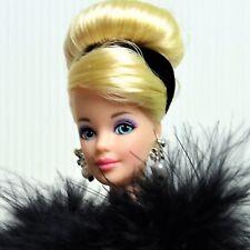 1997 GRAND PREMIERE Barbie UFFICIALE COLLECTOR'S CLUB Doll Nuovo di zecca fuori dalla scatola