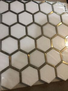 Karats White 10.625 in. x 11.125 in. Hexagon Polished Marble/Gold Metal Floor