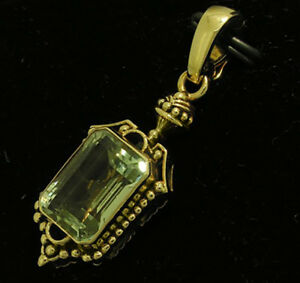 CP505- Genuine 9K 9ct Yellow Gold Natural HUGE Green Amethyst Enhancer Pendant