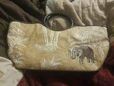 Nwot Womens Bueno Elephant Hand Bag