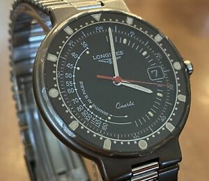 INCREDIBLY RARE LONGINES 'DOCTOR'S CHRONOGRAPH' BLACK CONQUEST WATCH + BOX