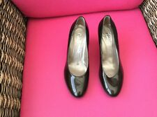Lovely patent shoes by Gabor size 5 BN £79.99