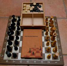 Vintage Schachspiel mit Figuren aus Holz, Klappbox, Massivholz Platte, Buch