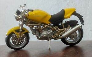 MAISTO 1:18 SCALE DIECAST DUCATI MONSTER 900 YELLOW PRE OWNED