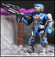 HALO MEGA BLOKS UNSC MARINE BLUE ARMOR W/ BACKPACK & ASSAULT RIFLE MINI FIGURE