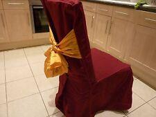 Silla de comedor de tela de lino rojo profundo cubre con moño banda de oro (160 disponibles)