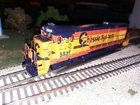 Atlas Silver HO CSX/Chessie B30-7. Custom. NMRA 8 pin DCC ready.