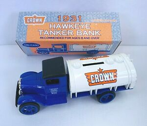 1931 Crown Hawkeye Tanker Truck Coin Bank 1/34 Scale Limited Edition Toy NEW