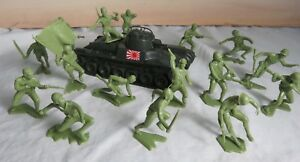Classic Toy Soldiers WWII Japanese Chi-Ha tank + Marx Japanese figures in green