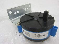 NEW 024 23282 700 YORK LUXAIRE  MPL 9300-0.85 FURNACE PRESSURE SWITCH
