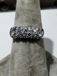 14 kt white gold ladies diamond wedding band