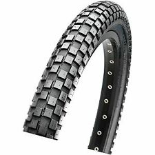 Maxxis Holy Roller 20x1.95 60 TPI Wire Single Compound tyre Black