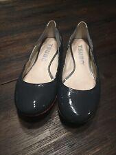 TSUBO Roana Gray Navy Patent Sculpted Heel Comfort Flat Ballet Women 8.5 EUC