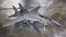 * Herpa Wings 82TSMWTP002 Northrop Grumman F-14A - VFA-2013 104 Top Gun