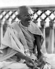 1931 Leader Mohandas Karamchand Gandhi Glossy 8x10 Photo 'Spinning Wheel' Print