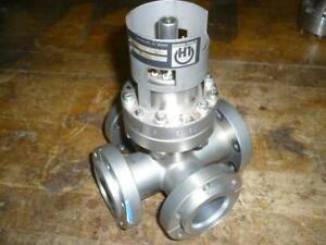 5 way cross, 2 3/4 conflat, high vacuum, Leybold IE 511 158 60 ion gauge
